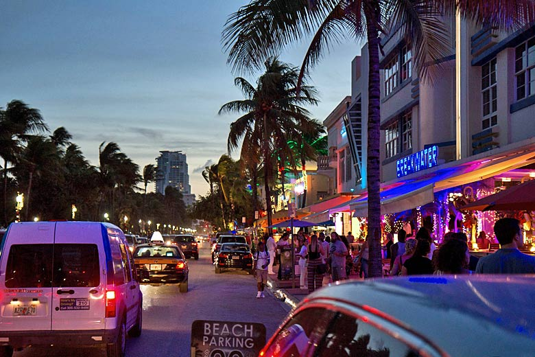 A night out in Miami Beach © Finn Nyman - Flickr Creative Commons
