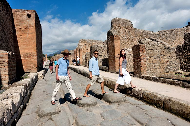 Abbey Road moment in the ruins of Pompeii © Kent Wang - Flickr Creative Commons