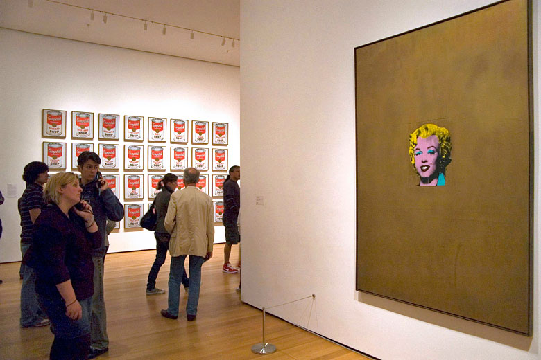 Andy Warhol exhibition at the Museum of Modern Art © Gorup de Besanez - Wikimedia Commons