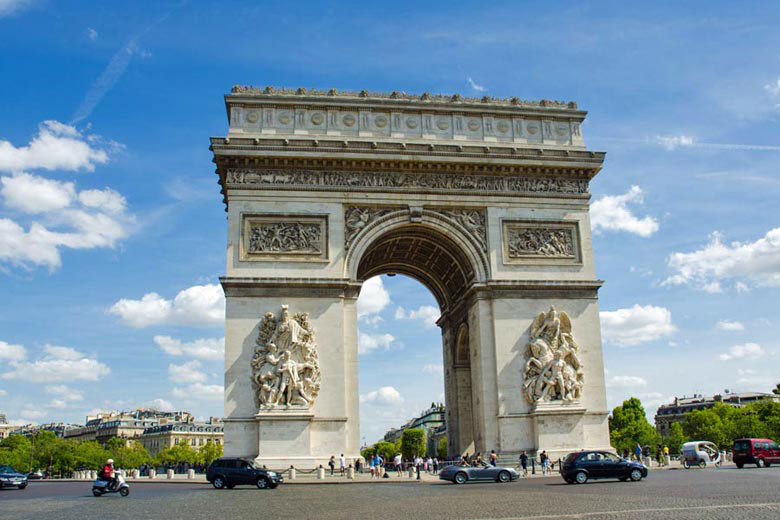 Arc de Triomphe, Paris, France © Elnur - Fotolia.com
