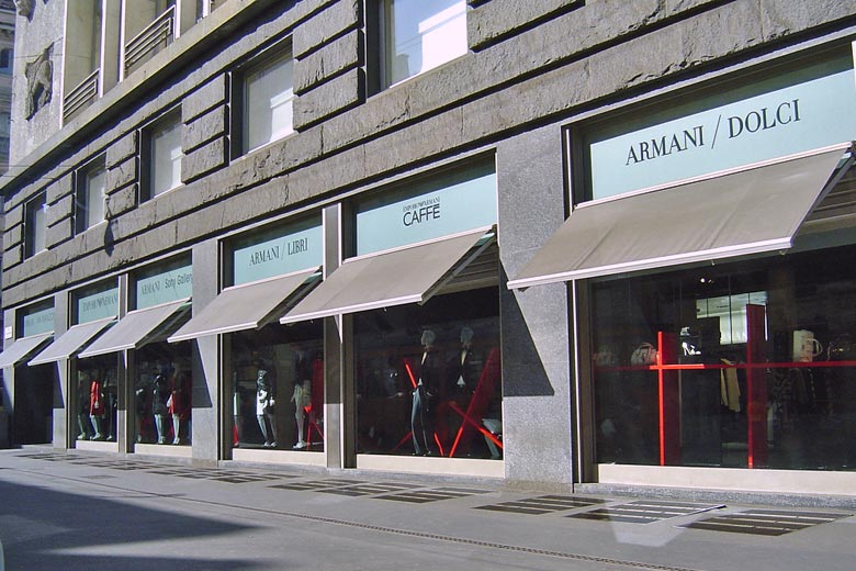 The Armani flagship store © Sergio Calleja - Flickr Creative Commons