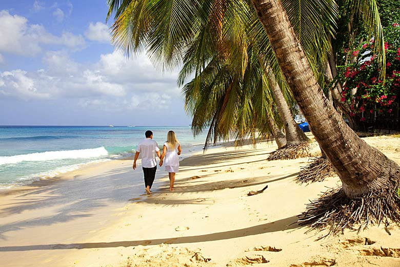 Stroll on the beach on the sheltered west coast, Barbados © boophotography - Fotolia.com