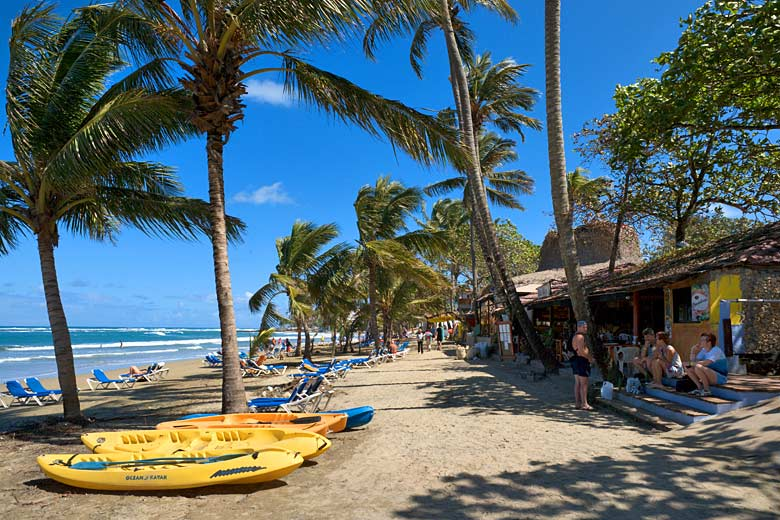 There are plenty of bars and cafes along Cabarete Beach © Ian Dagnall - Alamy Stock Photo