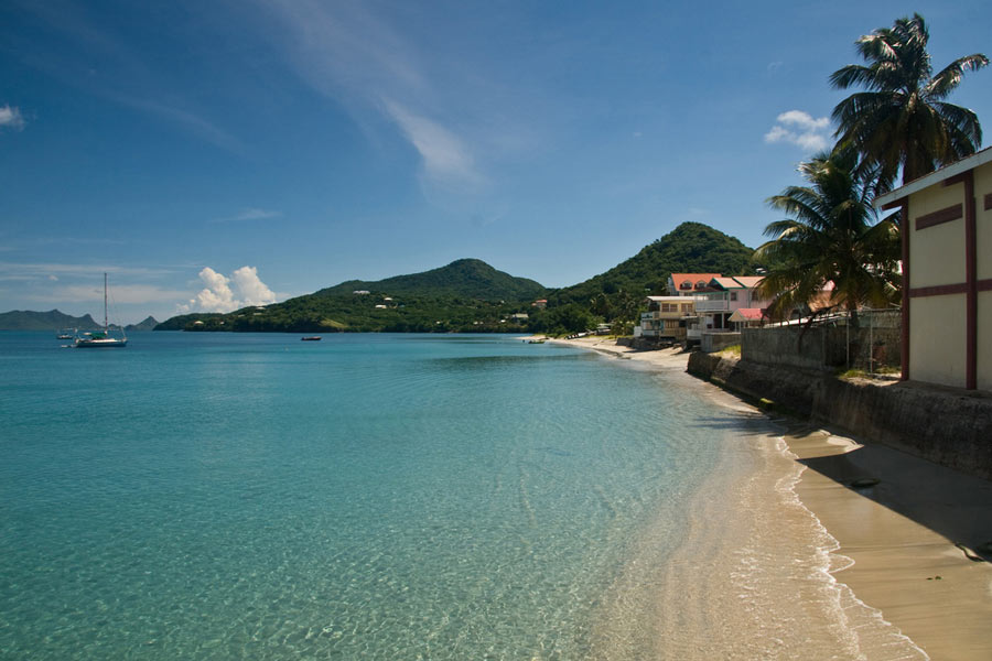 Beach at Hillsborough, Grenada © Jason Pratt - Flickr Creative Commons