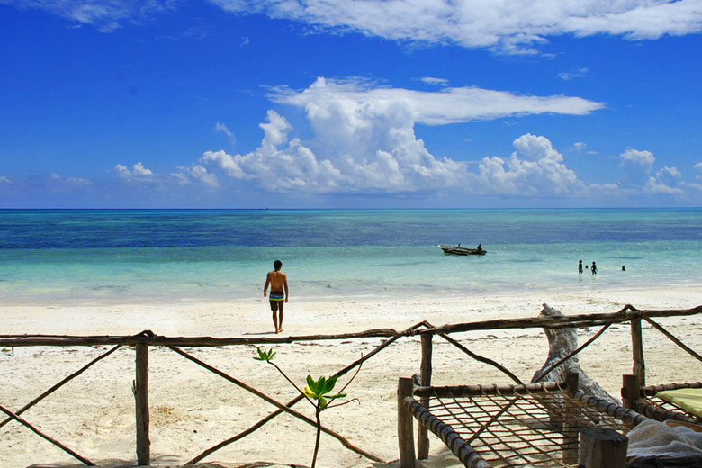 View from beach bungalow, Zanzibar © Revaz Ardesher - Flickr Creative Commons