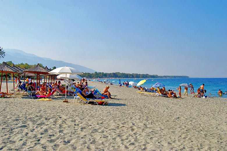 Beaches on the Olympus Riviera are long and wide © Greg Balfour Evans - Alamy Stock Photo