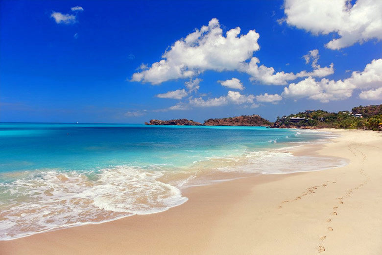 One of many beautiful beaches on Antigua © Henrik Winther Andersen - Flickr Creative Commons