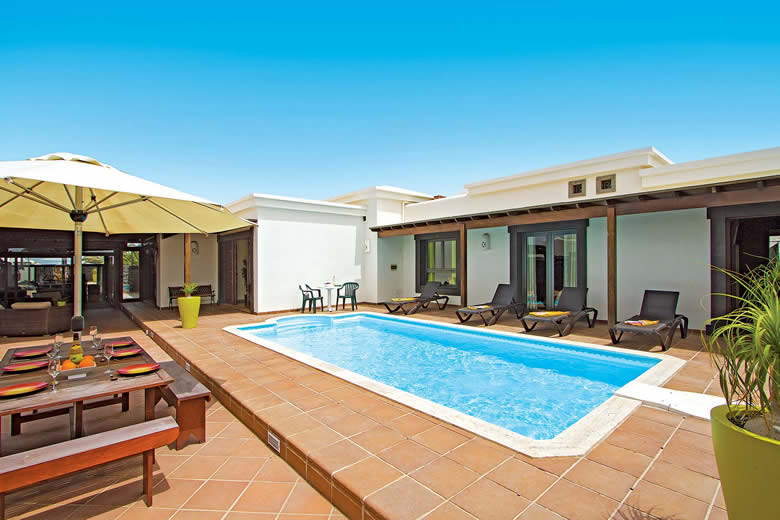 Villa Carabela, Lanzarote © James Villas Signature Collection