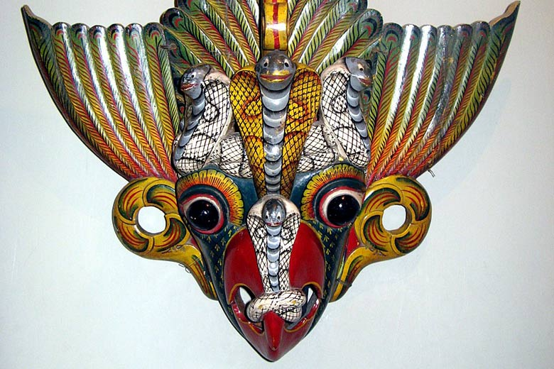 Bird Devil mask in the Ariyapala Museum in Ambalangoda © Michael Gunther - Wikimedia Commons