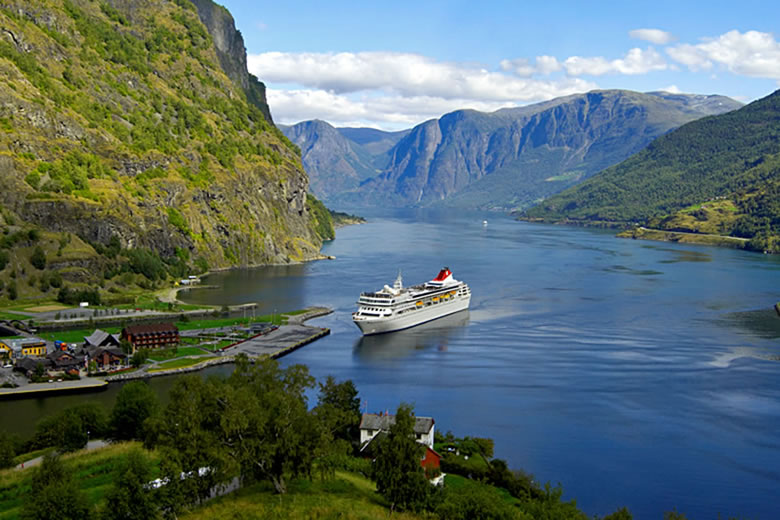 Braemar arriving in Flåm, Norway - photo courtesy of Fred Olsen Cruise Lines