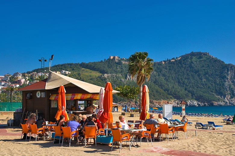 Enjoying the view of Alanya Castle from Cleopatra Beach © Peter Forsberg - Alamy Stock Photo