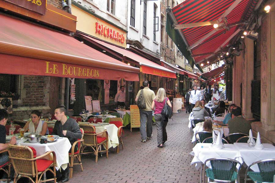 Cafe culture, Brussels © paularps - Flickr Creative Commons
