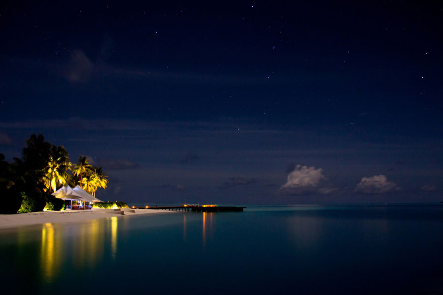 Calm night in the Maldives © Ahmed Mahin Fayaz - Flickr Creative Commons