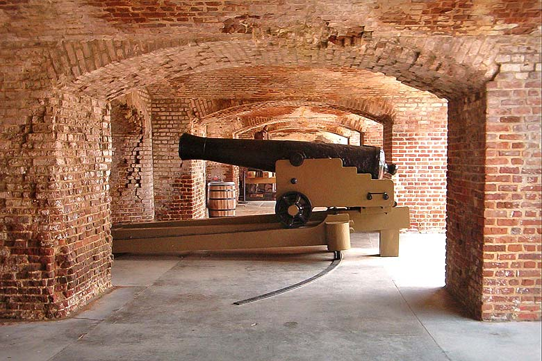 Count the cannons at Fort Sumter in Charleston Harbor © Dallas Epperson - Flickr Creative Commons
