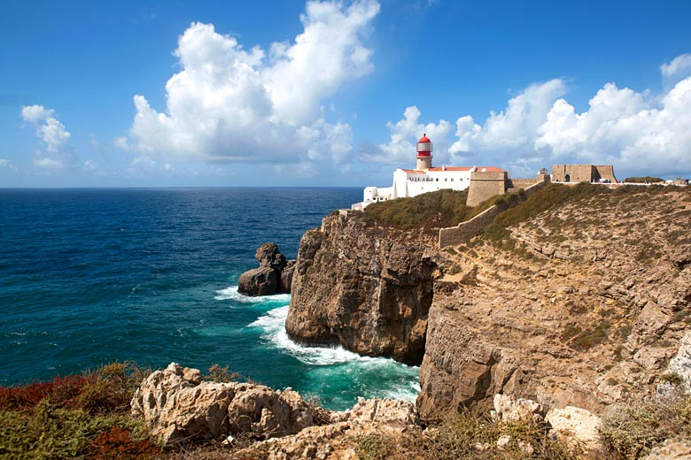 The Cape St. Vincent lighthouse near Sagres, Algarve © Janina Dierks - Fotolia.com