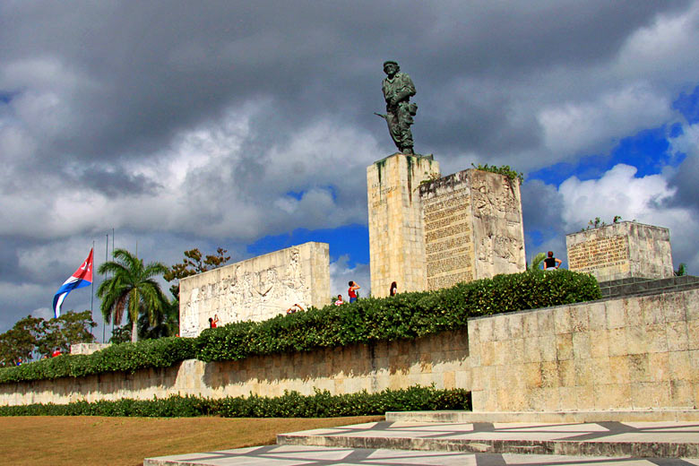 Che Guevara Mausoleum Santa Clara, Cuba © Guillaume Baviere - Flickr Creative Commons