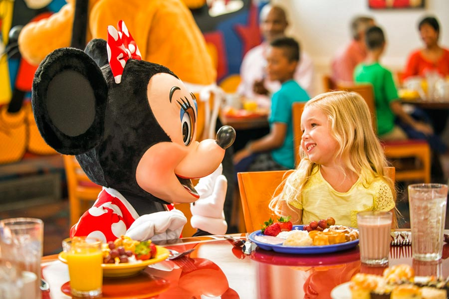 Dining with Disney characters - photo courtesy of Walt Disney World
