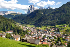 8 reasons to explore the Italian Dolomites this summer