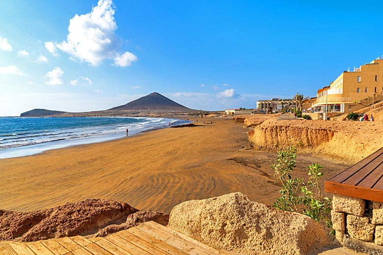 Early morning on El Medano beach, Tenerife © Pkazmierczak - Fotolia.com