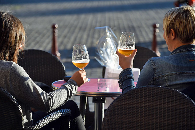 Enjoying a beer in the town square © David Truillard - ADT des Ardennes