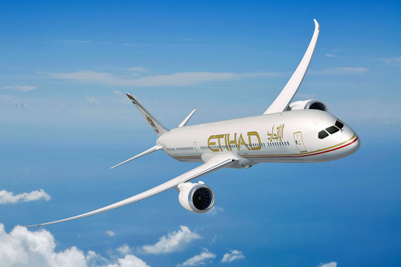 Etihad Airways Boeing 787-9 Dreamliner in-flight