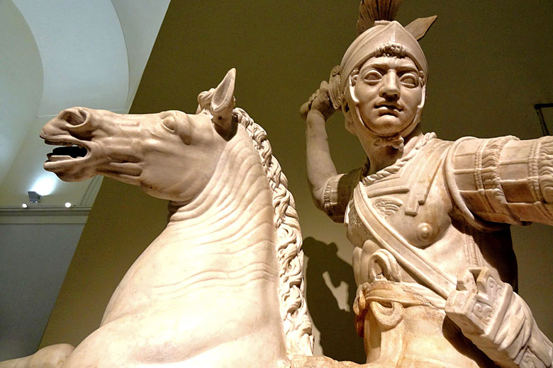 Farnese warrior, National Archaeological Museum © Serge Laroche - Flickr Creative Commons