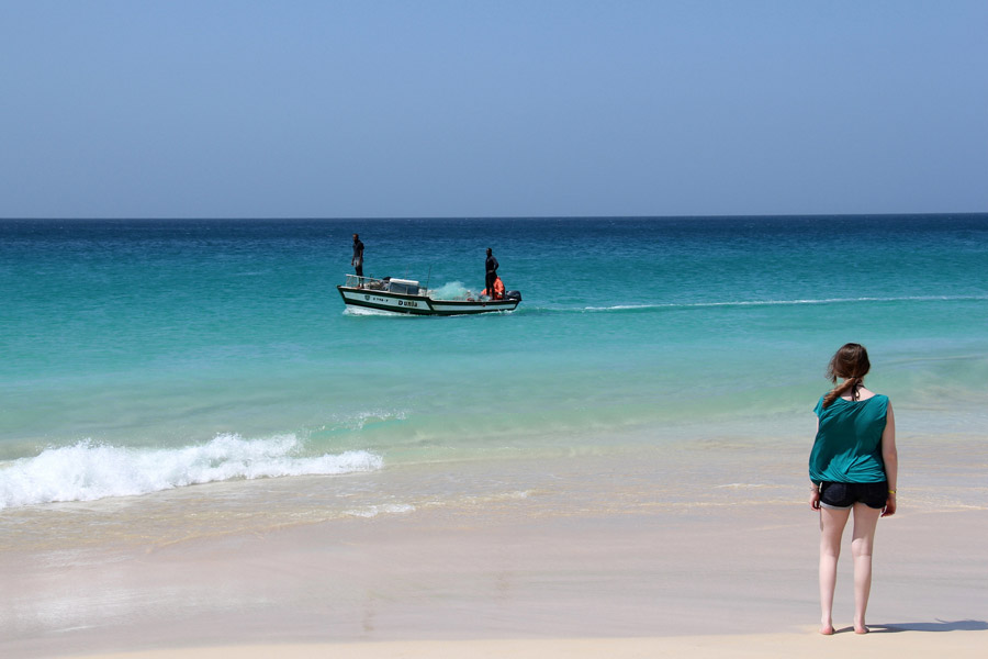 Fishing off Boa Vista beach © niall62 - Flickr Creative Commons