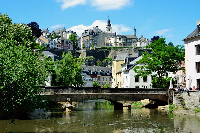 The Grund district of Luxembourg City along the Azette River © Tristan Schmurr - Flickr Creative Commons