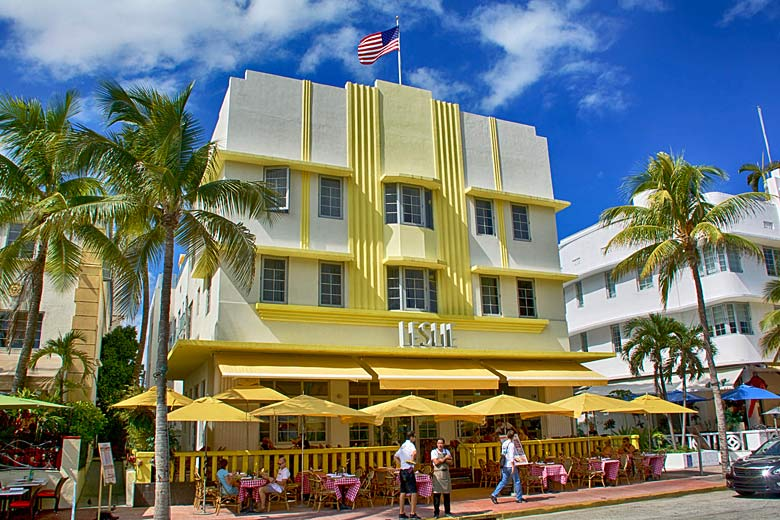 Hotel on Ocean Drive, Miami Beach, Florida © Ucumari Photography - Flickr Creative Commons