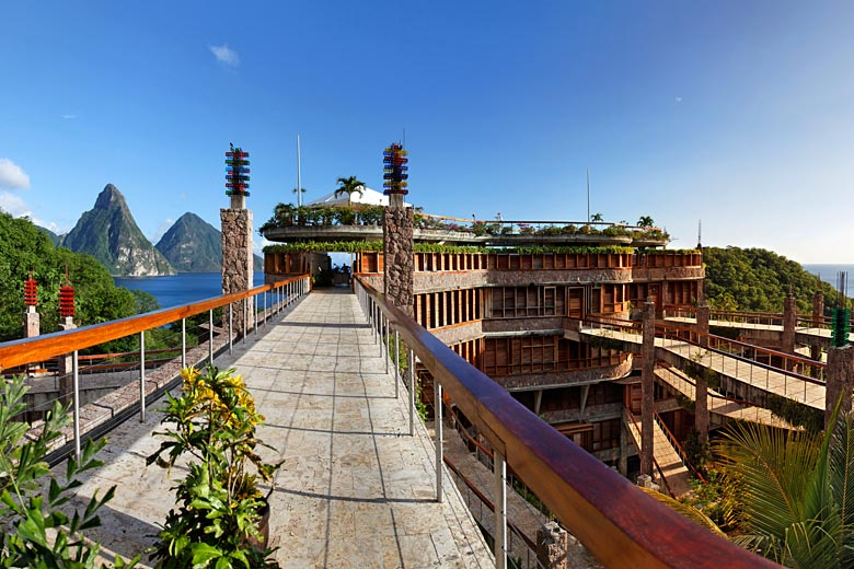 The iconic Jade Mountain Resort, St Lucia © imageBROKER - Alamy Stock Photo