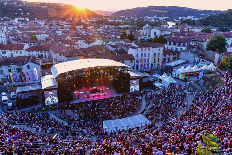Captive audience at the International Vienne Jazz Festival © Arthur Viguier - courtesy of Vienne Tourism