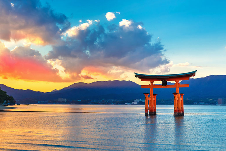 Itsukushima Shrine near Hiroshima, Japan © Cowardlion - Dreamstime.com