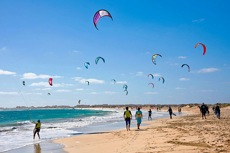 Kite Beach, Sal Island, Cape Verde © Anne-Marie Palmer - Alamy Stock Photo
