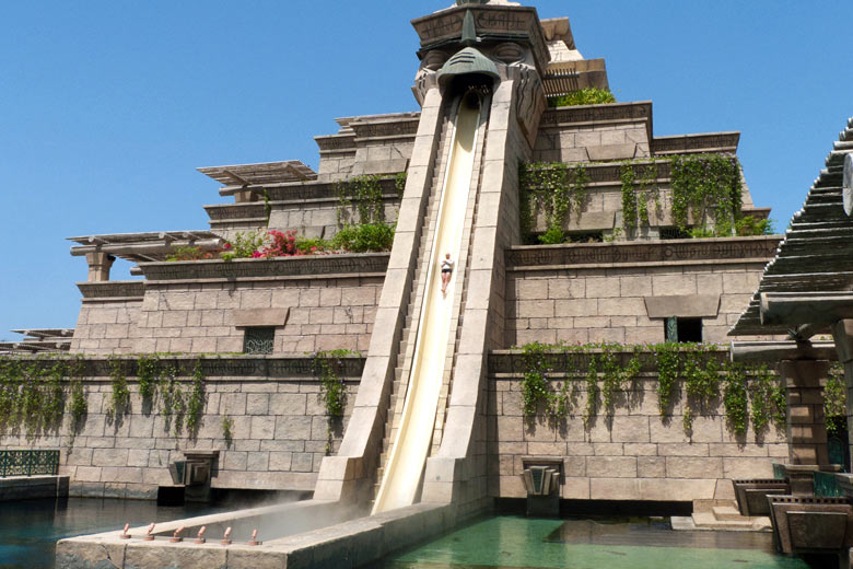 The Leap of Faith at Aquaventure Waterpark, Dubai © neekoh.fi - Flickr Creative Commons