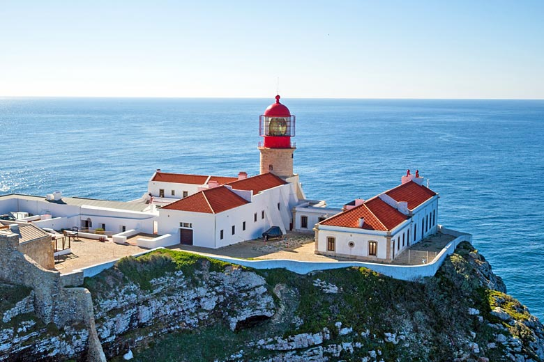 Lighthouse at Cape St Vincent on the southwest tip of Europe © Nataraj - Fotolia.com