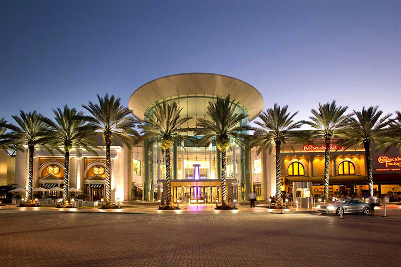 The main entrance to the Mall at Millenia - photo courtesy of www.mallatmillenia.com