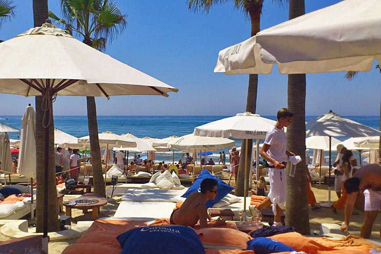 Marbella Beach at the height of summer © eDomo - Flickr Creative Commons