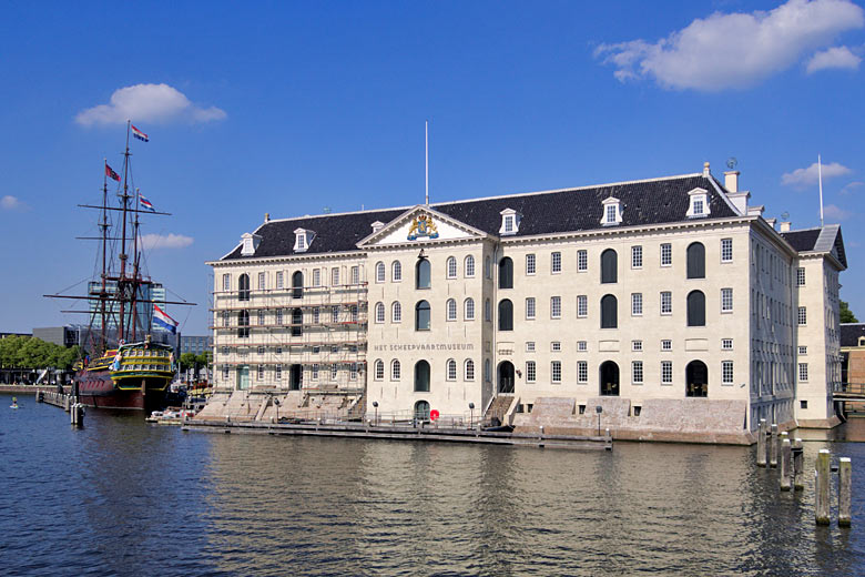 The National Maritime Museum, right in the heart of old Amsterdam © C Messier - Wikimedia Commons