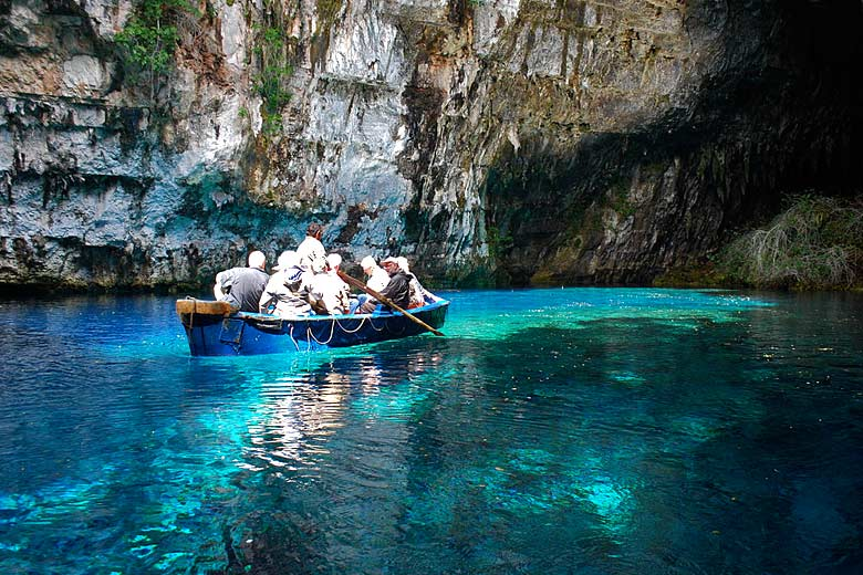 On Melissani Lake, Kefalonia, Greece © Jean Housen - Wikimedia Commons