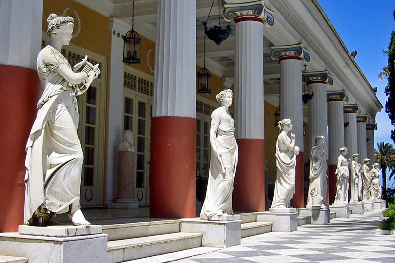 Muses on the terrace of the Achilleion Palace, Corfu © Thomas Schoch - Wikimedia Commons