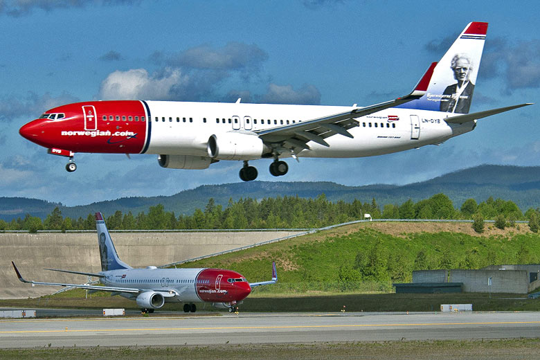 Norwegian airline landing © Norwegian Air Shuttle