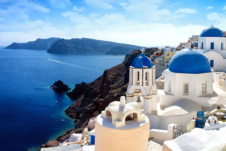 Perched on the crater wall, Santorini © refresh(PIX) - Fotolia.com