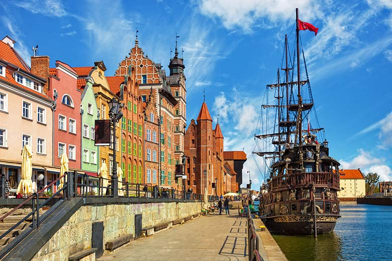 The Old Town of Gdańsk by the Motlawa River © Nightman1965 - Adobe Stock Image