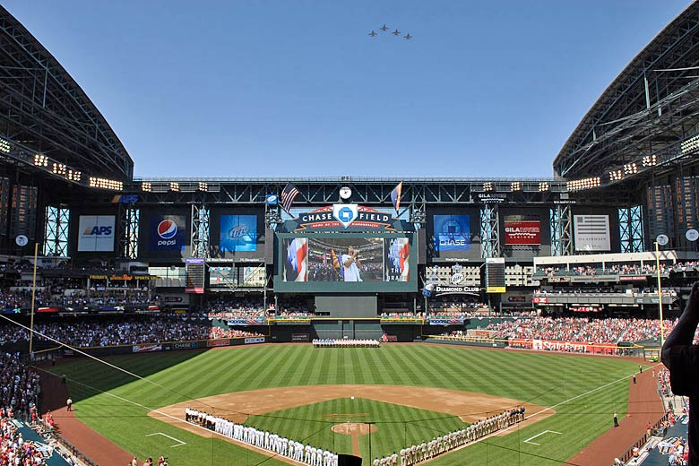 Opening day of the season at Chase Field, Phoenix, Arizona © MSgt. Raheem Moore - Wikimedia Commons