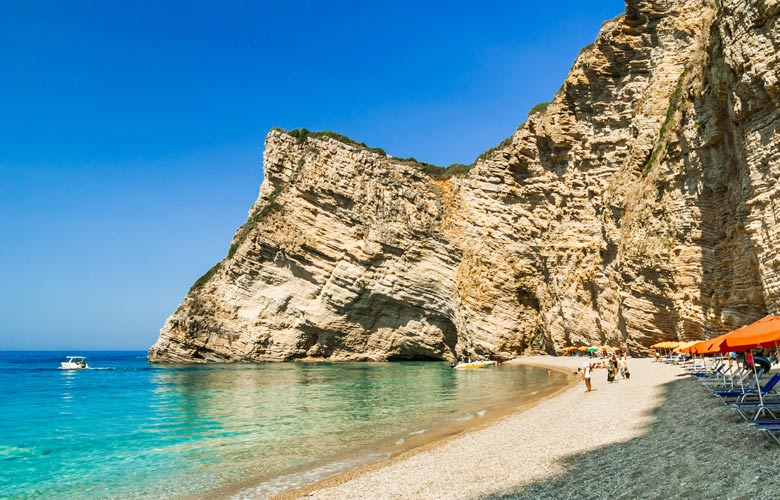 Paradise Beach, accessible only from the sea © Lucian Bolca - Fotolia.com