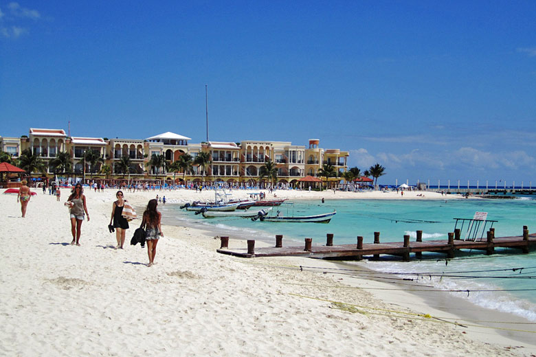 Playa del Carmen, Riveria Maya, Mexico © Elelicht - Wikimedia Commons