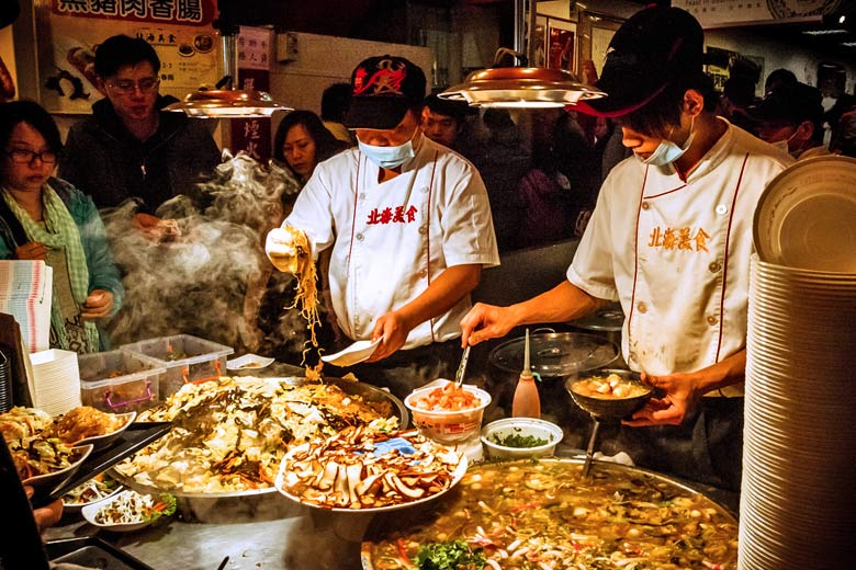 Raohe night market, Taipei, Taiwan © Alexander Synaptic - Flickr Creative Commons