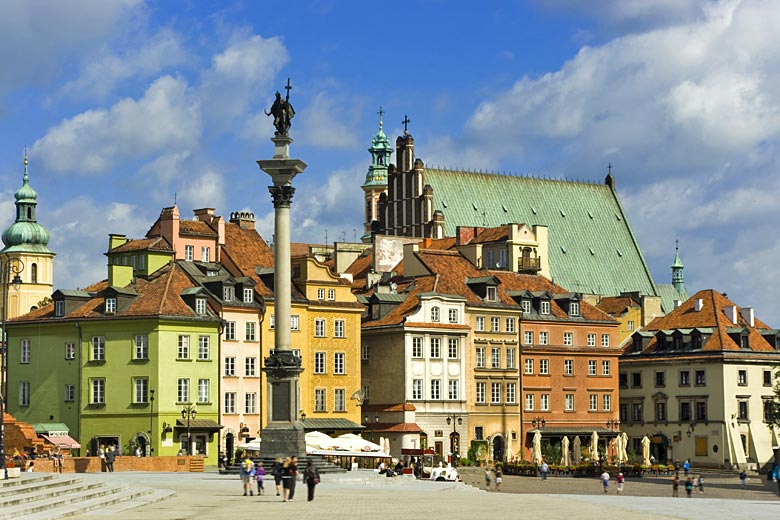 Beautifully restored buildings in the centre of Warsaw © Woznkt - Adobe Stock Image