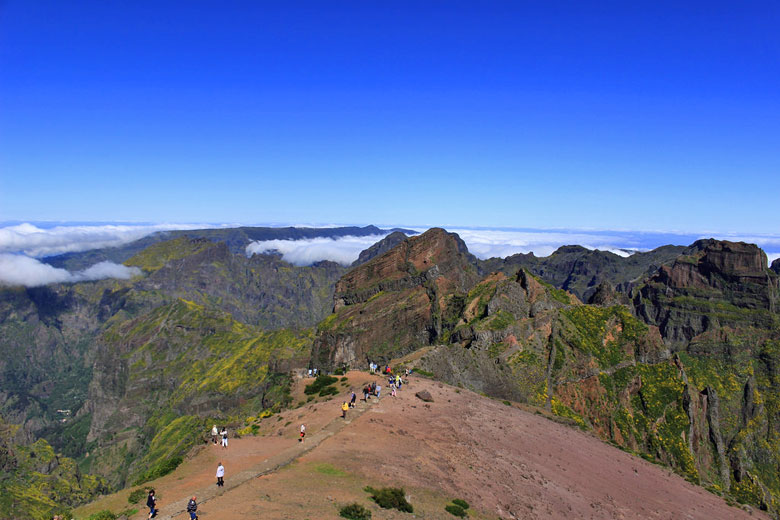 The ridge walk down from Pico do Arieiro, Madeira © Colin Gregory - Flickr Creative Commons