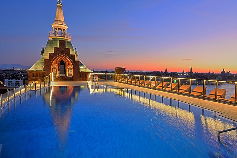 Rooftop pool at the Hilton Molino Stucky, Venice © 2017 Hilton Hotels & Resorts